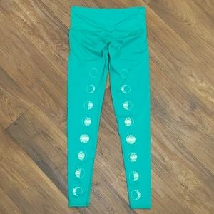 Teeki green phases of the moon yoga leggings small